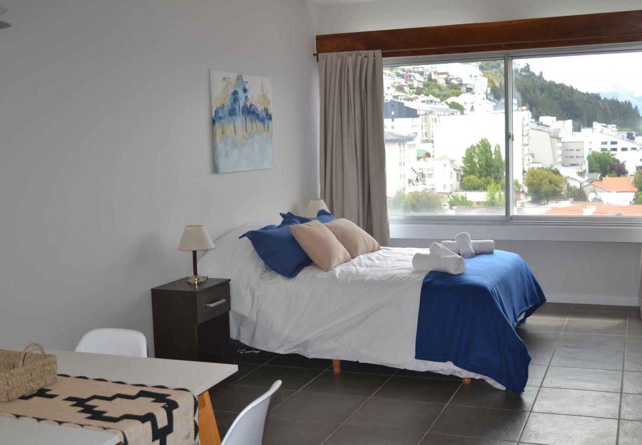 Estudio en San Carlos de Bariloche - Dto. Suyai con vista al lago