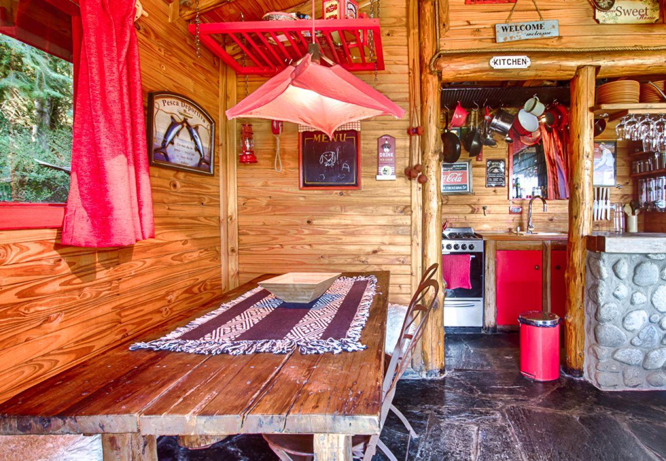 Casa en San Carlos de Bariloche - Rustica y Encantadora con vista al Lago