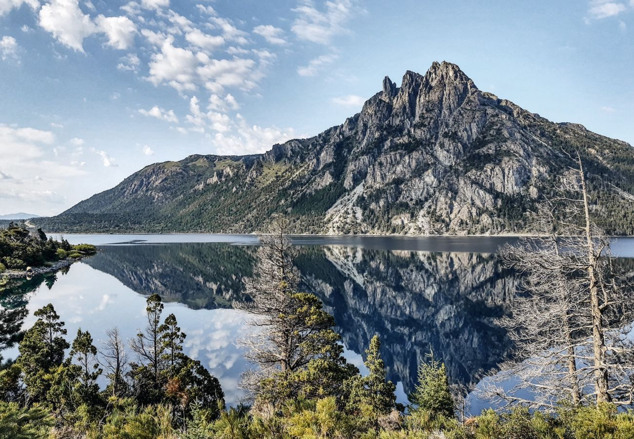 Estudio en San Carlos de Bariloche - Dto. El Suizo II con vista al lago y Terraza