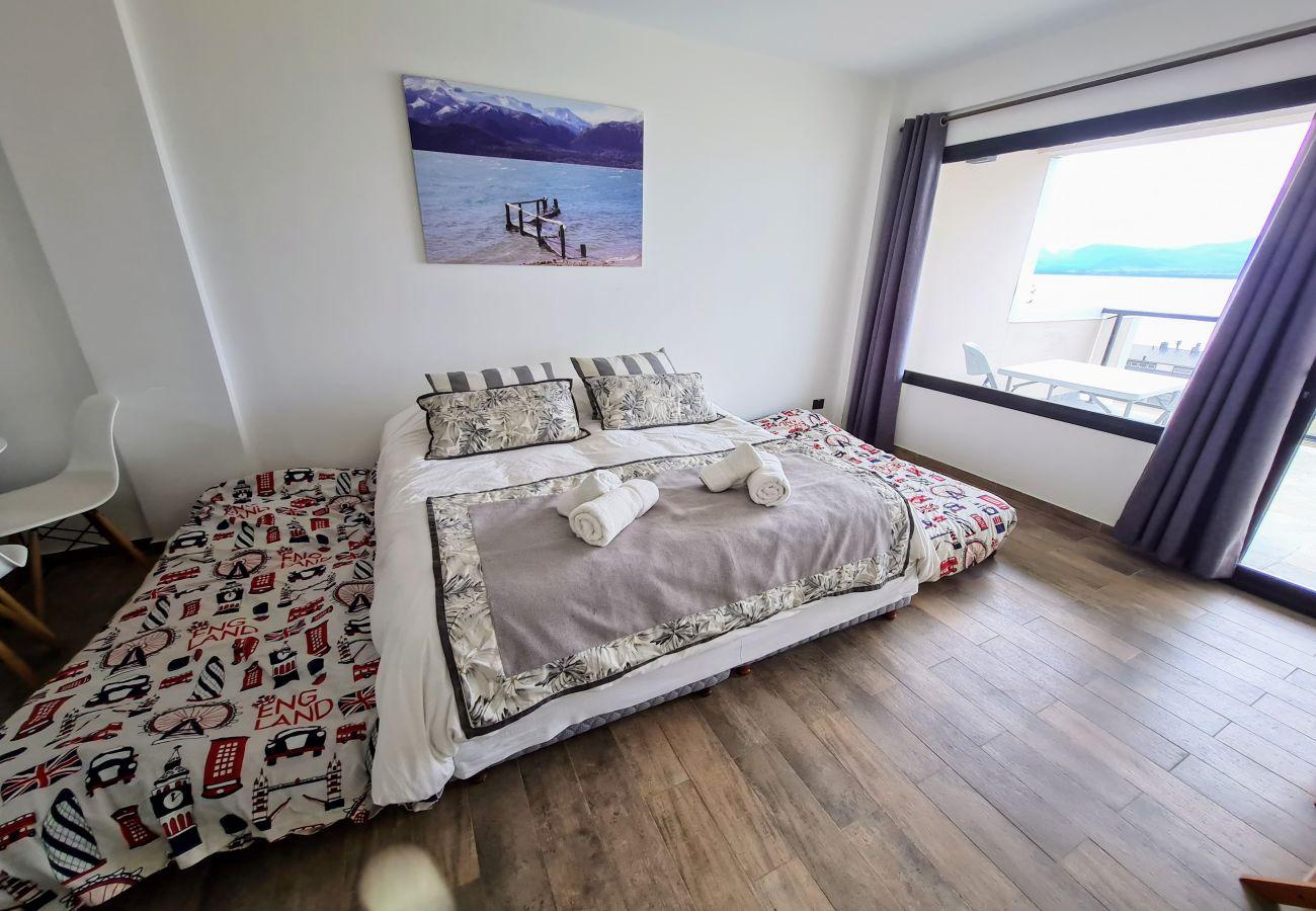 Estudio en San Carlos de Bariloche - Dto. Suizo I con vista al lago, Terraza y Estac.