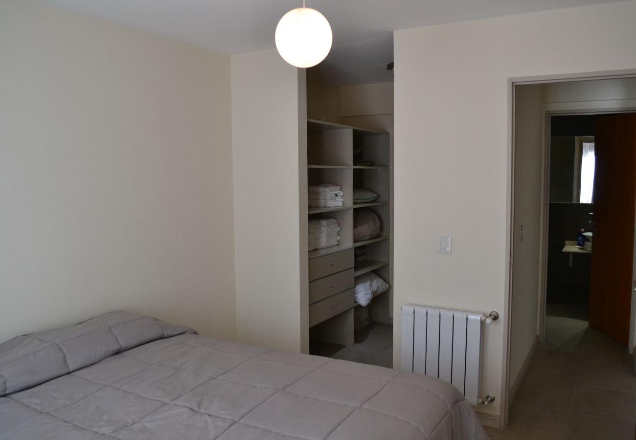 Apartamento en San Carlos de Bariloche - Perfecto para 5, Centrico y con estacionamiento
