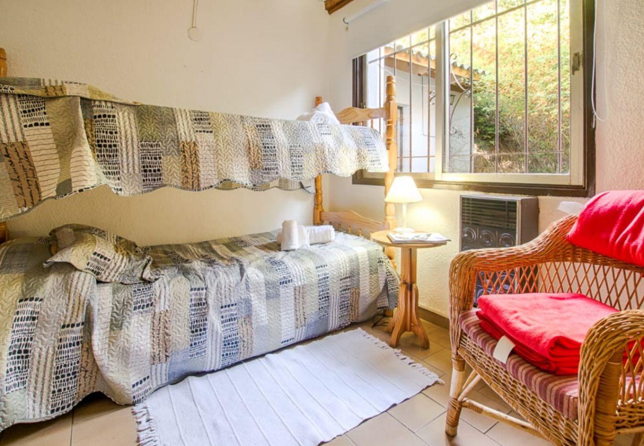 Casa en San Carlos de Bariloche - Casa Los Cerezos con estacionamiento