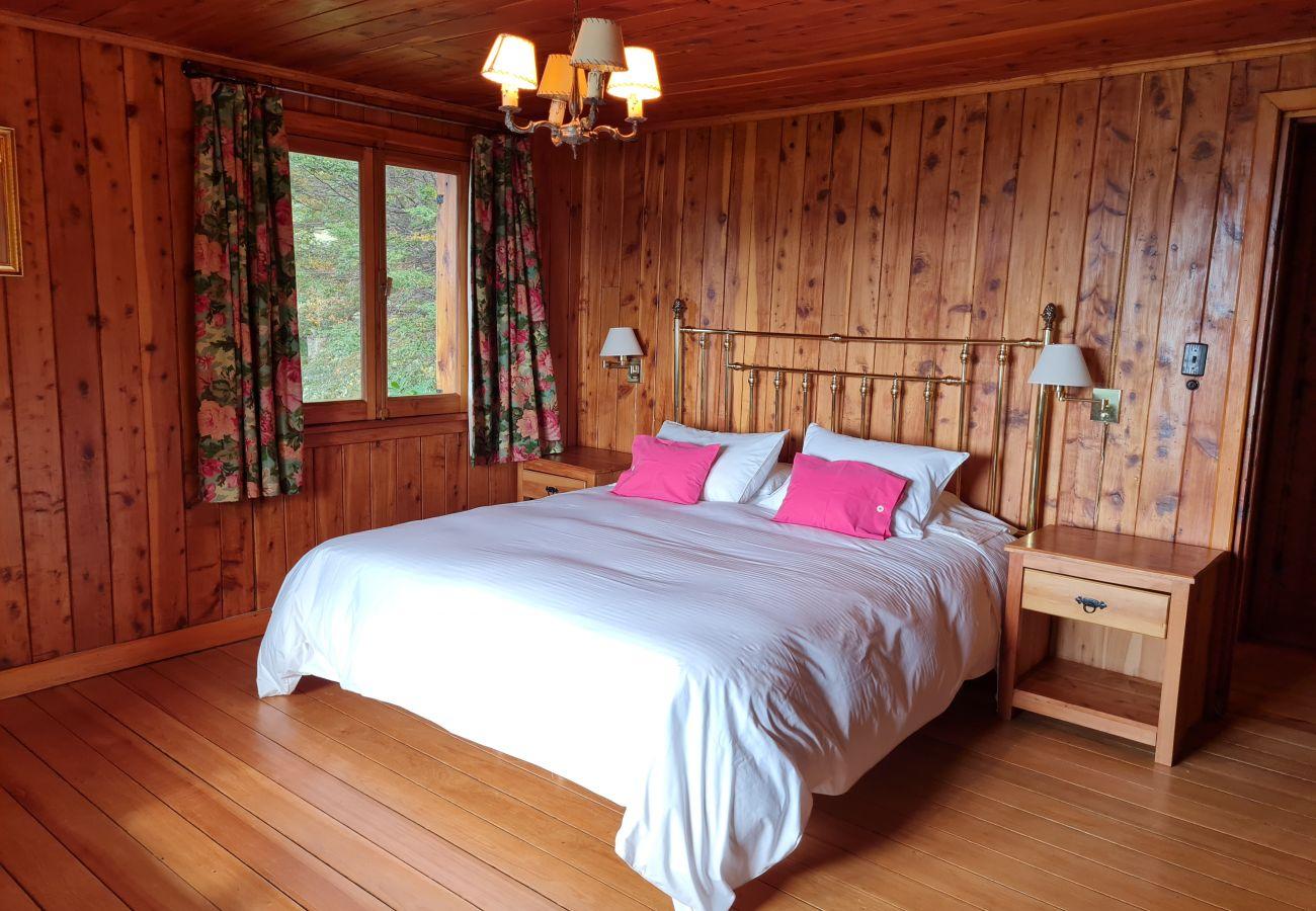 Casa en San Carlos de Bariloche - Calida y Hermosa casa en Llao Llao HS