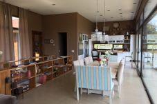Casa en San Carlos de Bariloche - Casa en Arelauquen para 8 personas