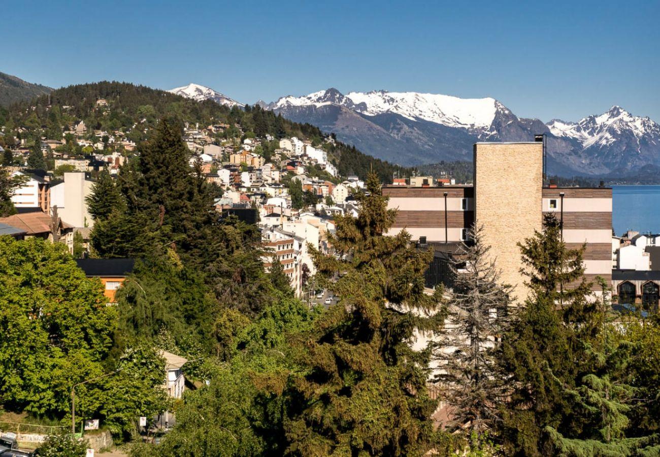 Estudio en San Carlos de Bariloche - Dto. Luminoso en pleno centro