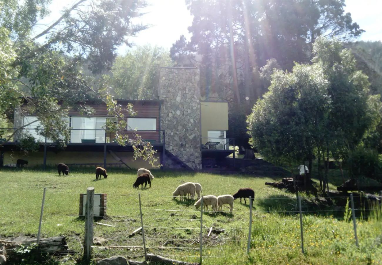 Casa en El Bolsón - Casa La Escondida