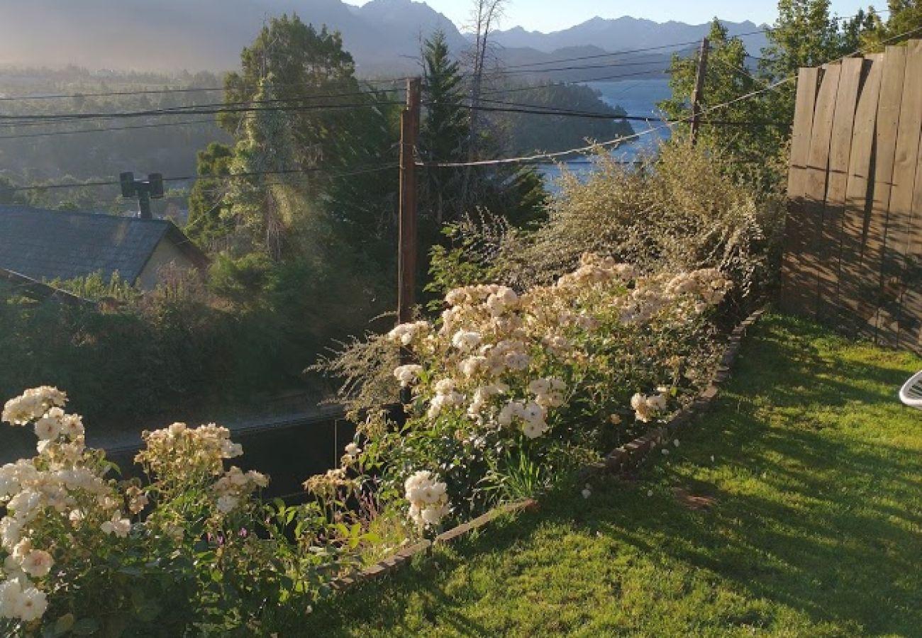 Estudio en San Carlos de Bariloche - Dto. Sauco con vista al lago